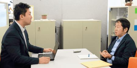 「次の維持審査でもサポートしていただければ心強いですね」(右;平間氏)※左は弊社三崎