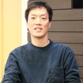 「今回の取り組みではオンラインで個人情報を扱うための環境整備がポイントでした」(代表取締役・鈴木勝之氏)