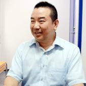 「吉村さんは初心者にもわかる言葉で説明して下さいました」(サポート部 課長・上原崇史氏)