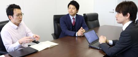 「自社なりの情報セキュリティマネジメントシステムのベースが構築出来て情報セキュリティ委員会のメンバーの理解も深まりましたので、会社全体の取り組みへ発展させるフェーズを向かえました」(左から;成田氏、羽生氏)