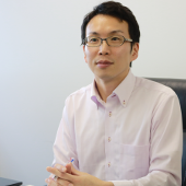 「情報セキュリティ委員会メンバーが自分の判断で決めることが出来る領域が広がりました」(執行役員 成田氏)
